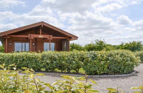 Last Minute Cottages - Attractive Skegness Lodge S78963