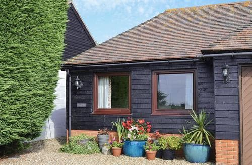 Last Minute Cottages - Captivating Folkestone Cottage S13620