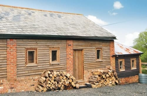 Last Minute Cottages - Superb Maldon Cottage S18125