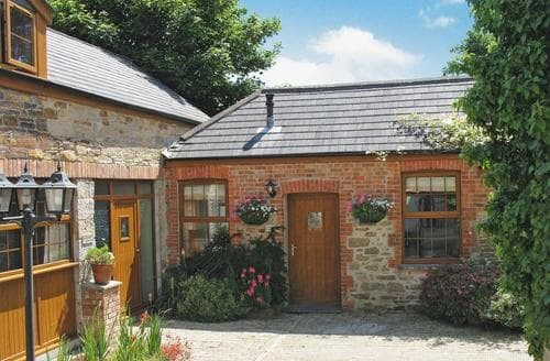Last Minute Cottages - Farrier Cottage - E5268