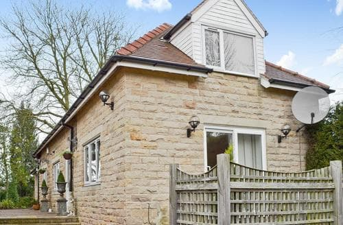 Last Minute Cottages - Attractive Holmfirth Cottage S78710
