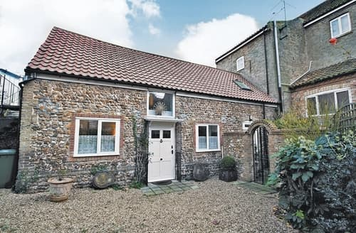Last Minute Cottages - Luxury King's Lynn Cottage S17476