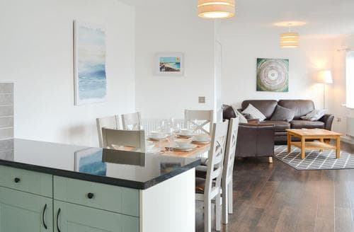 Last Minute Cottages - Charming St Austell Apartment S78808