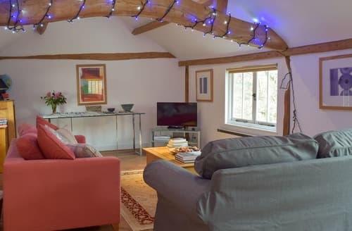 Last Minute Cottages - Vineyard Granary