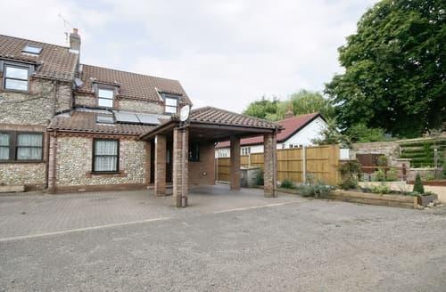 Last Minute Cottages - Stunning Fakenham Cottage S17235