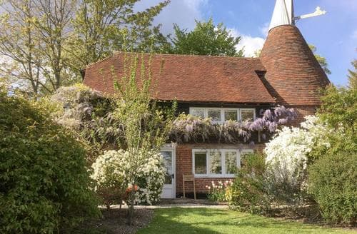 Last Minute Cottages - Luxury Uckfield Cottage S80252