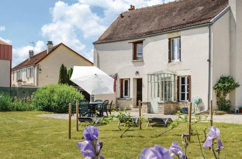 Last Minute Cottages - La Loge