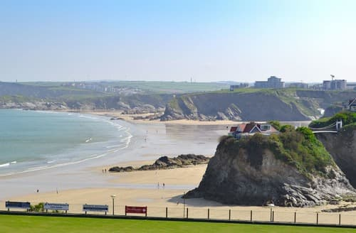 Last Minute Cottages - Luxury Newquay Apartment S80715