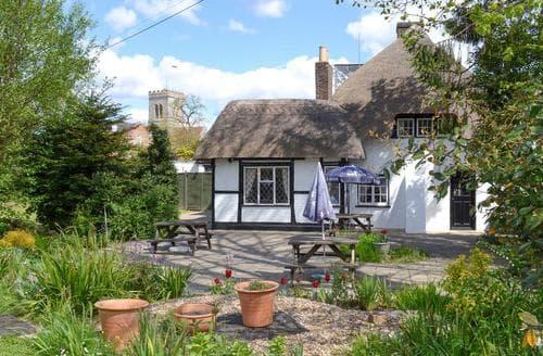 Last Minute Cottages - Avon View