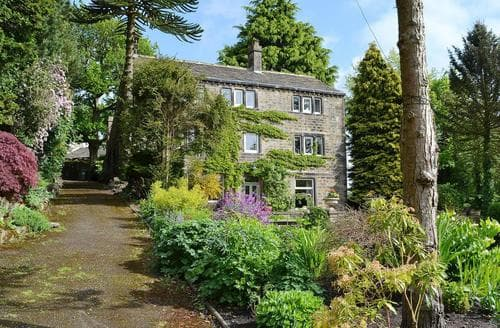 Last Minute Cottages - Pear Tree House Annexe