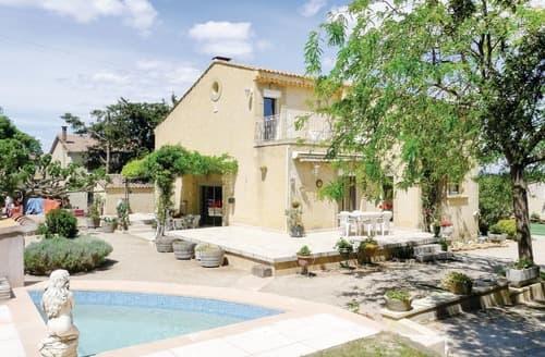 Last Minute Cottages - Villa Loriau