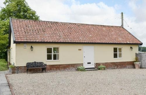 Last Minute Cottages - Stunning Eye Cottage S83408