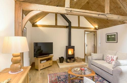 Last Minute Cottages - Wonderful Royal Wootton Bassett Cottage S84111