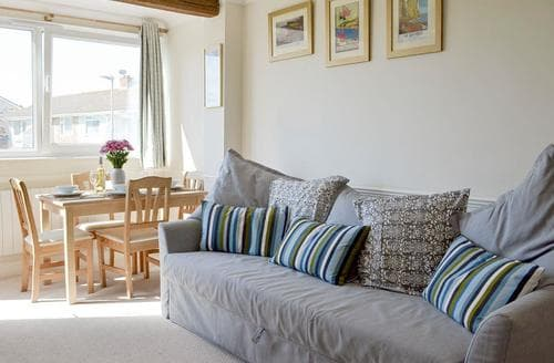 Dog Friendly Cottages - Sea Breeze