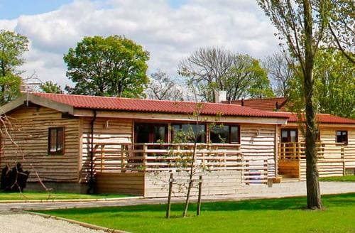 Dog Friendly Cottages - Woodsman Lodge 3