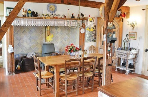 Last Minute Cottages - MAISON DES POULES - F62143