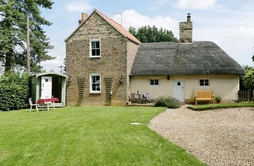 Last Minute Cottages - Splendid Horncastle Cottage S84066