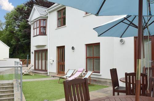Big Cottages - Excellent Saundersfoot Cottage S84239
