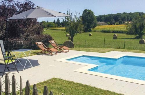 Last Minute Cottages - Villa Le Maine