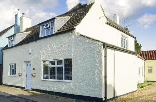 Last Minute Cottages - Luxury Grantham Cottage S85671