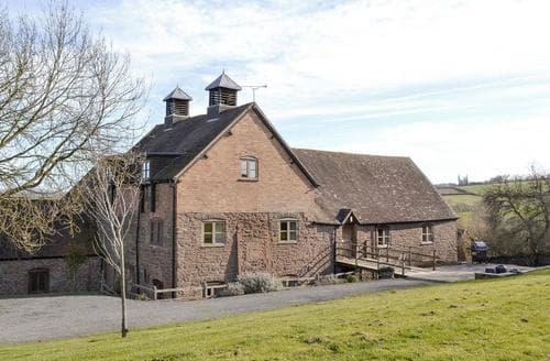 Big Cottages - THE HOP POCKET