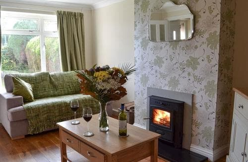 Dog Friendly Cottages - Stunning Battle Cottage S87897