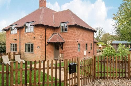 Last Minute Cottages - Cowslip Cottage-UKC2457
