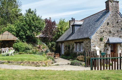 Last Minute Cottages - Plouguiel