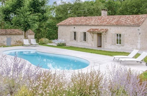 Last Minute Cottages - La Vielle Maison en Pierre