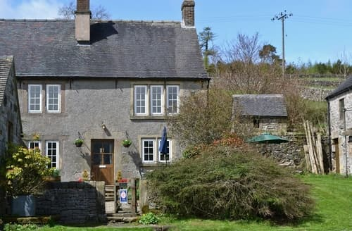 Dog Friendly Cottages - Lovely Brassington Cottage S16510
