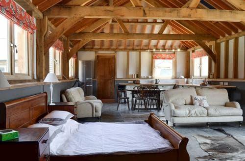 Last Minute Cottages - Cosy Ringwood Cottage S86985