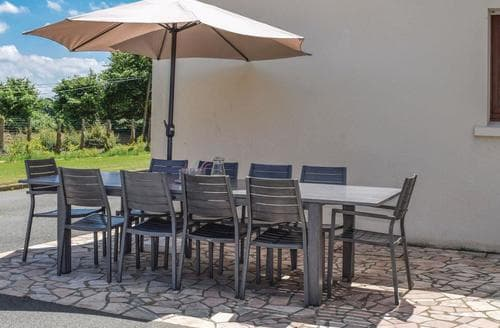 Last Minute Cottages - Yvias