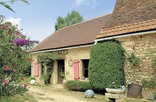 Last Minute Cottages - La Bergerie