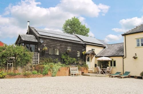 Last Minute Cottages - Luxury Welshpool Cottage S21471