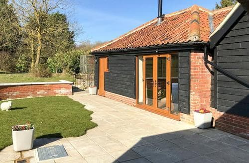 Dog Friendly Cottages - Chick Hatch Barn