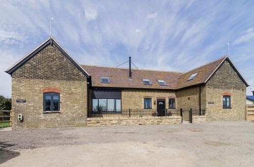 Last Minute Cottages - The Coach House - UKC2772
