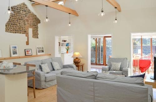Last Minute Cottages - The Cattle Sheds