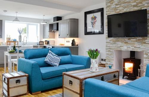 Last Minute Cottages - Inviting Carlisle Cottage S95007