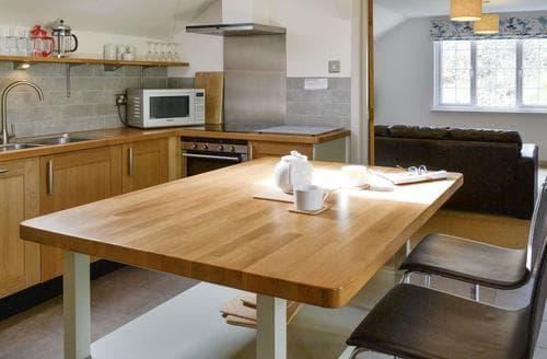 Last Minute Cottages - Splendid Seaton Lodge S95008