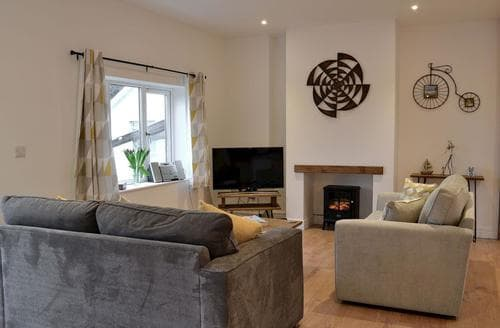 Last Minute Cottages - Lovely Combe Martin Cottage S95216