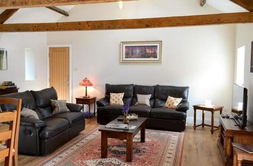 Last Minute Cottages - The Holiday Cottage at Northside Farm Retreat