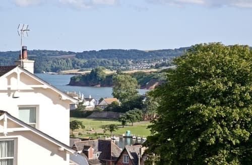 Last Minute Cottages - Tasteful Paignton Apartment S132952