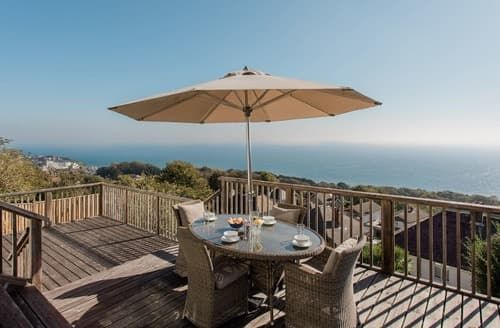 Last Minute Cottages - Splendid Ventnor Apartment S132908