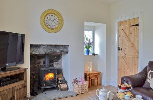 Last Minute Cottages - Larchbank