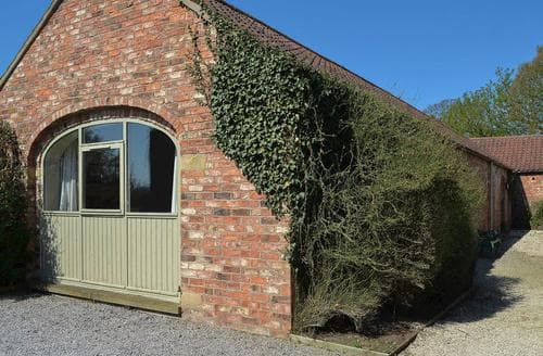 Last Minute Cottages - Attractive Thirsk Cottage S15527