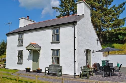 Last Minute Cottages - Hen Dy