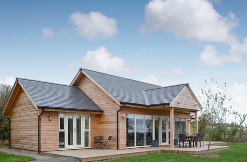 Last Minute Cottages - Tasteful Rothbury Lodge S104284