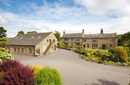 Big Cottages - Superb Millhouse Green Cottage S129316