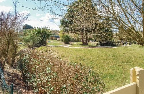Last Minute Cottages - Wonderful Morlaix Cottage S117048