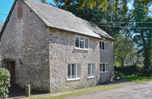 Last Minute Cottages - Mill Cottage